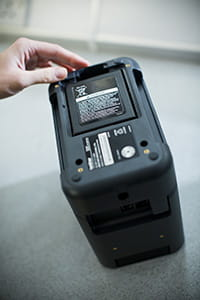 Brother PT-P900W labelprinter met oplaadbare batterijhouder