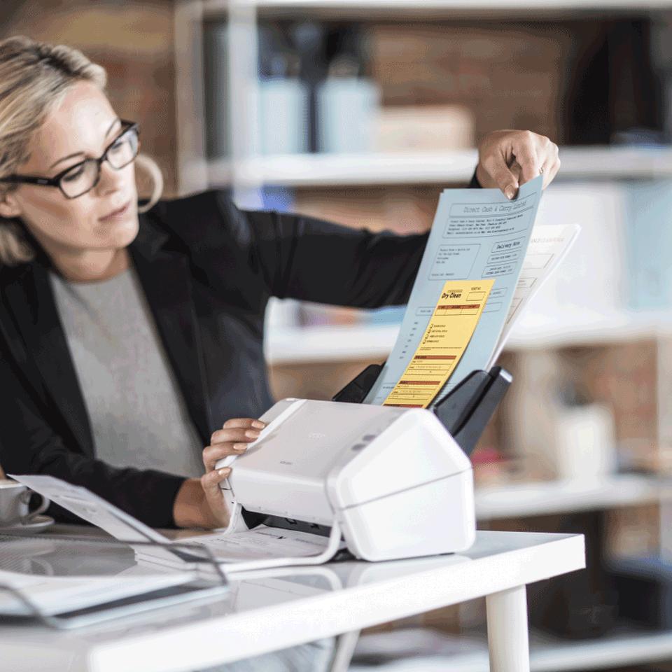 ADS-2200 scanner de bureau 8
