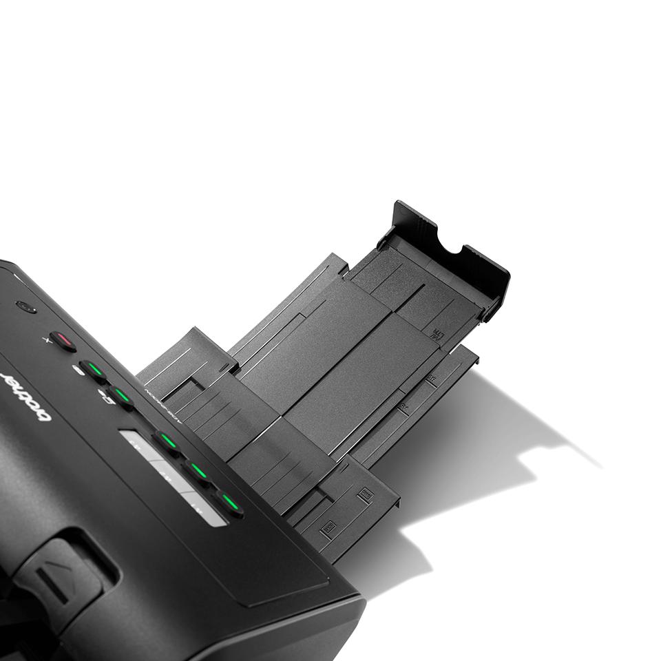 ADS-2400N desktop scanner 6