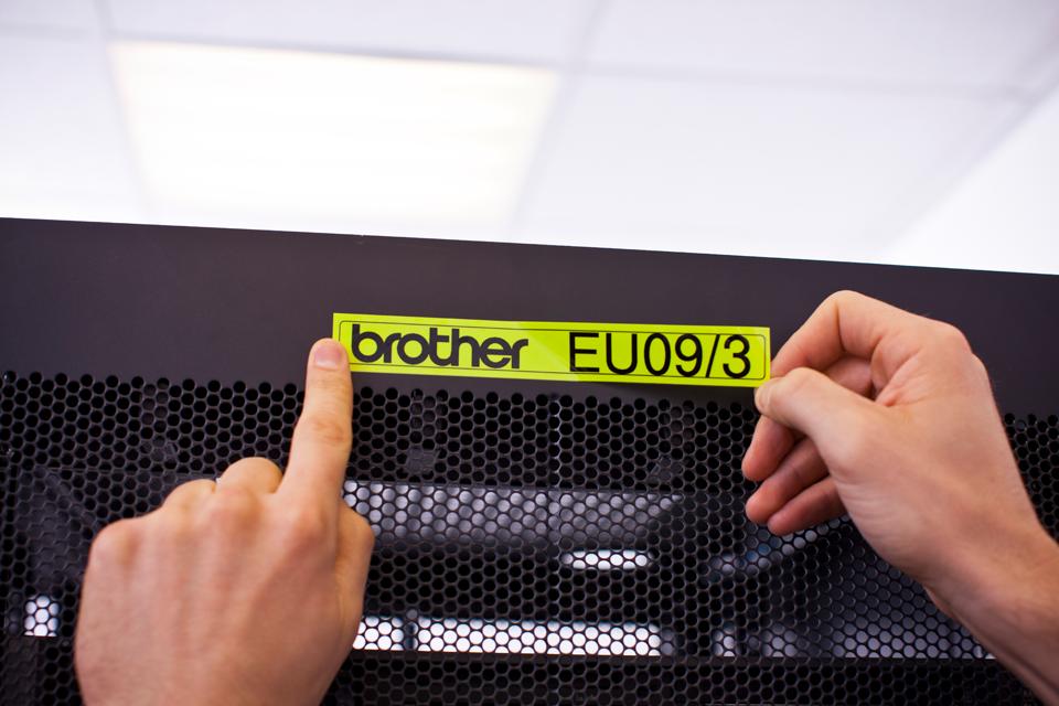 Brother TZe-C51 24mm labeltape 4